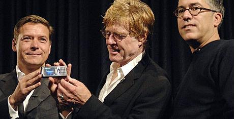 Robert Redford opens Mobile World Congress