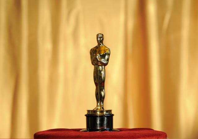 cn_image.size.oscar-statue-award