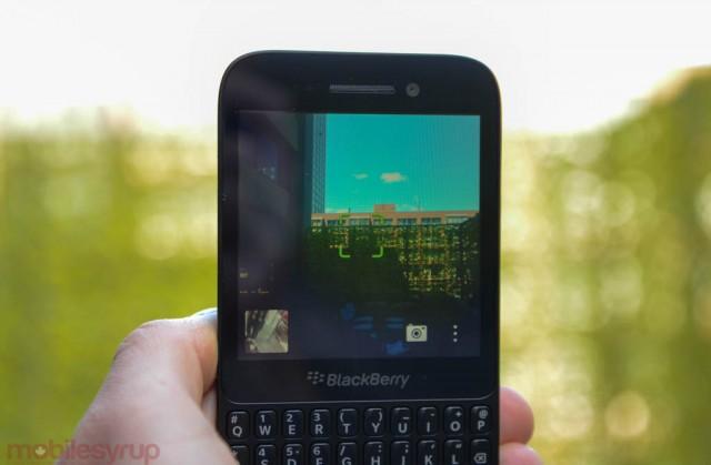 blackberryq5handson-8