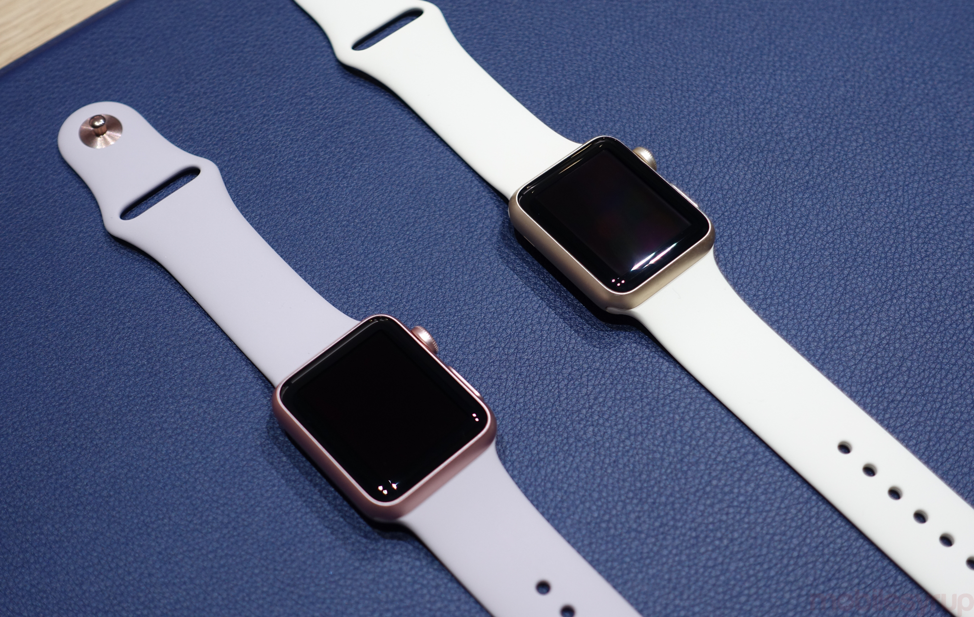 Hands On New Gold And Rose Gold Apple Watch Cases Add More Personalization To Apple S Wearable Mobilesyrup