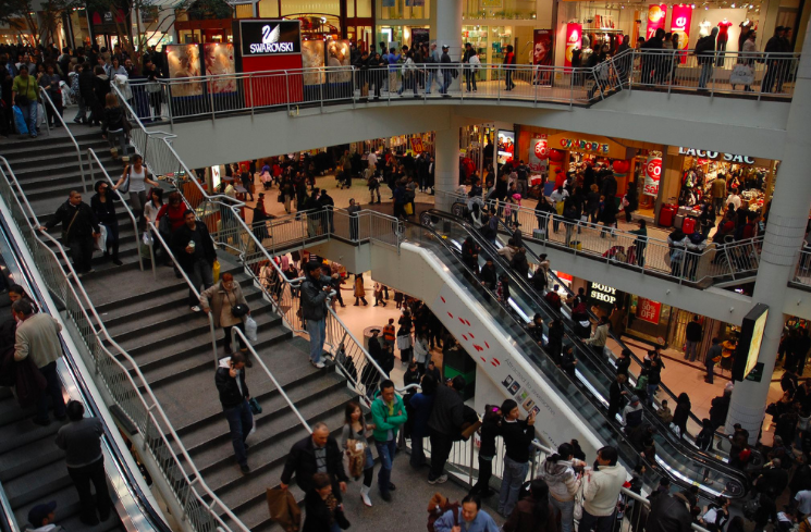 Cadillac Fairview malls across Canada now let shoppers text a real