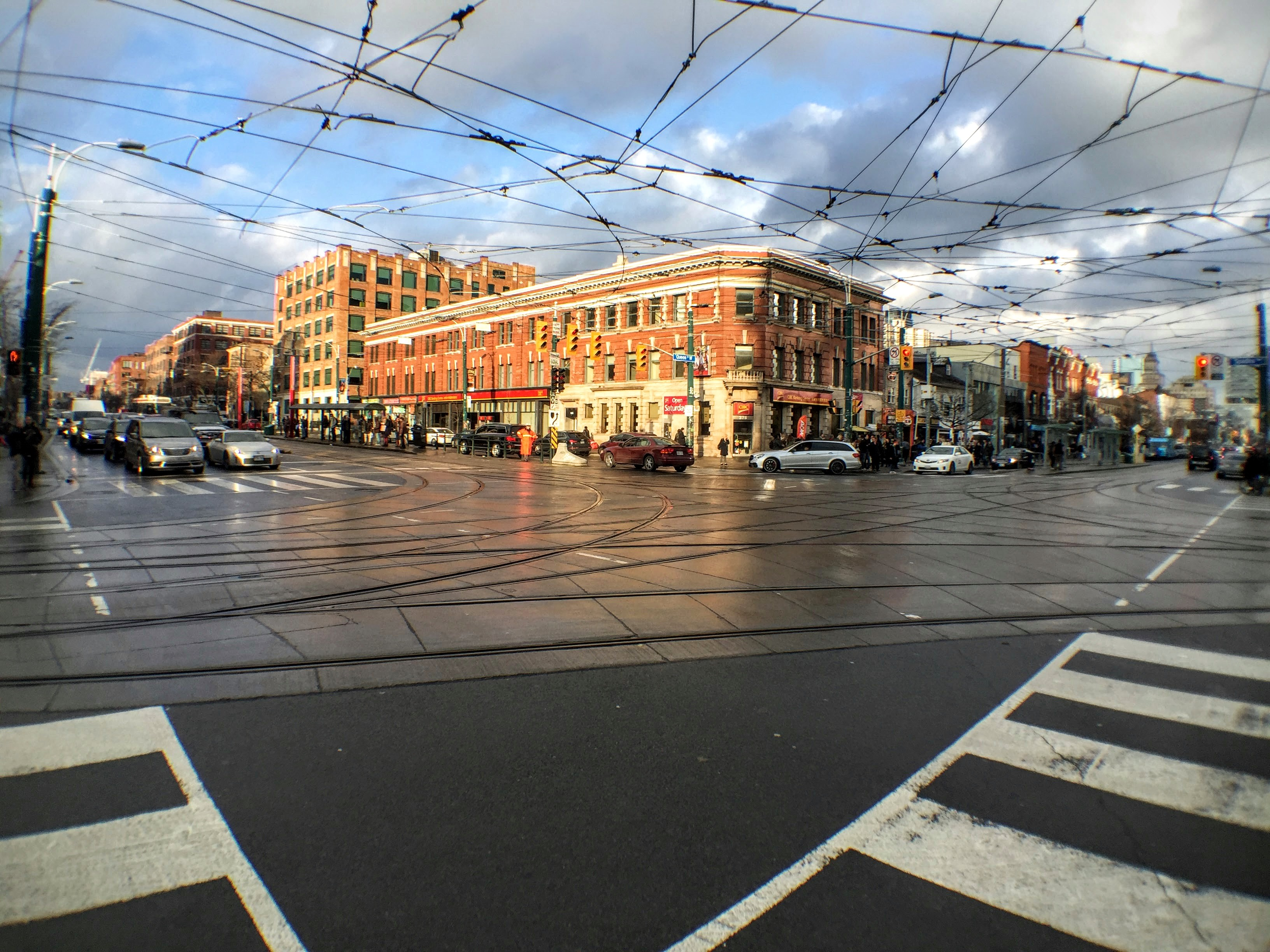 Toronto's Spadina and Queen intersection seen through the Olloclip's wide-angle lens.