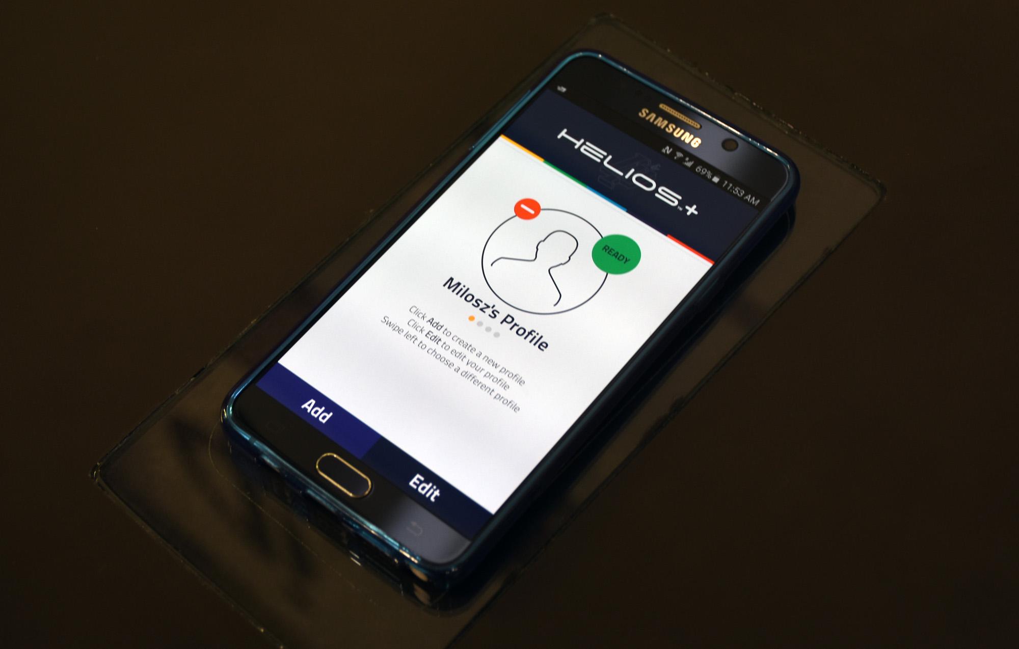Qi wireless charge profile phone_1