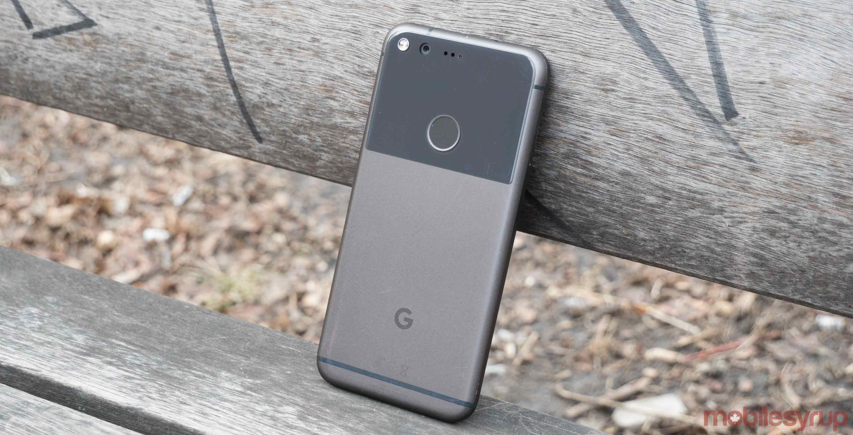 Google pixel learning against park bench - Android tethering