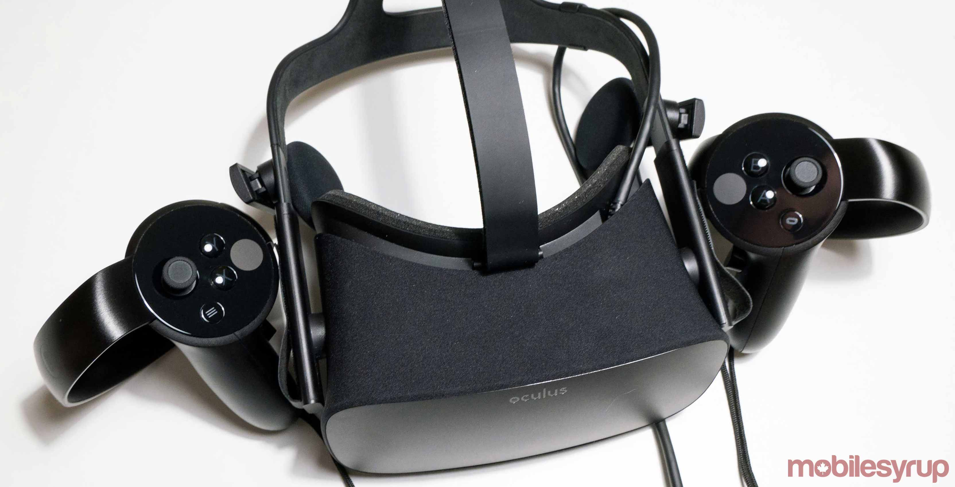 Oculus Rift sitting on table - Oculus Rift drops price