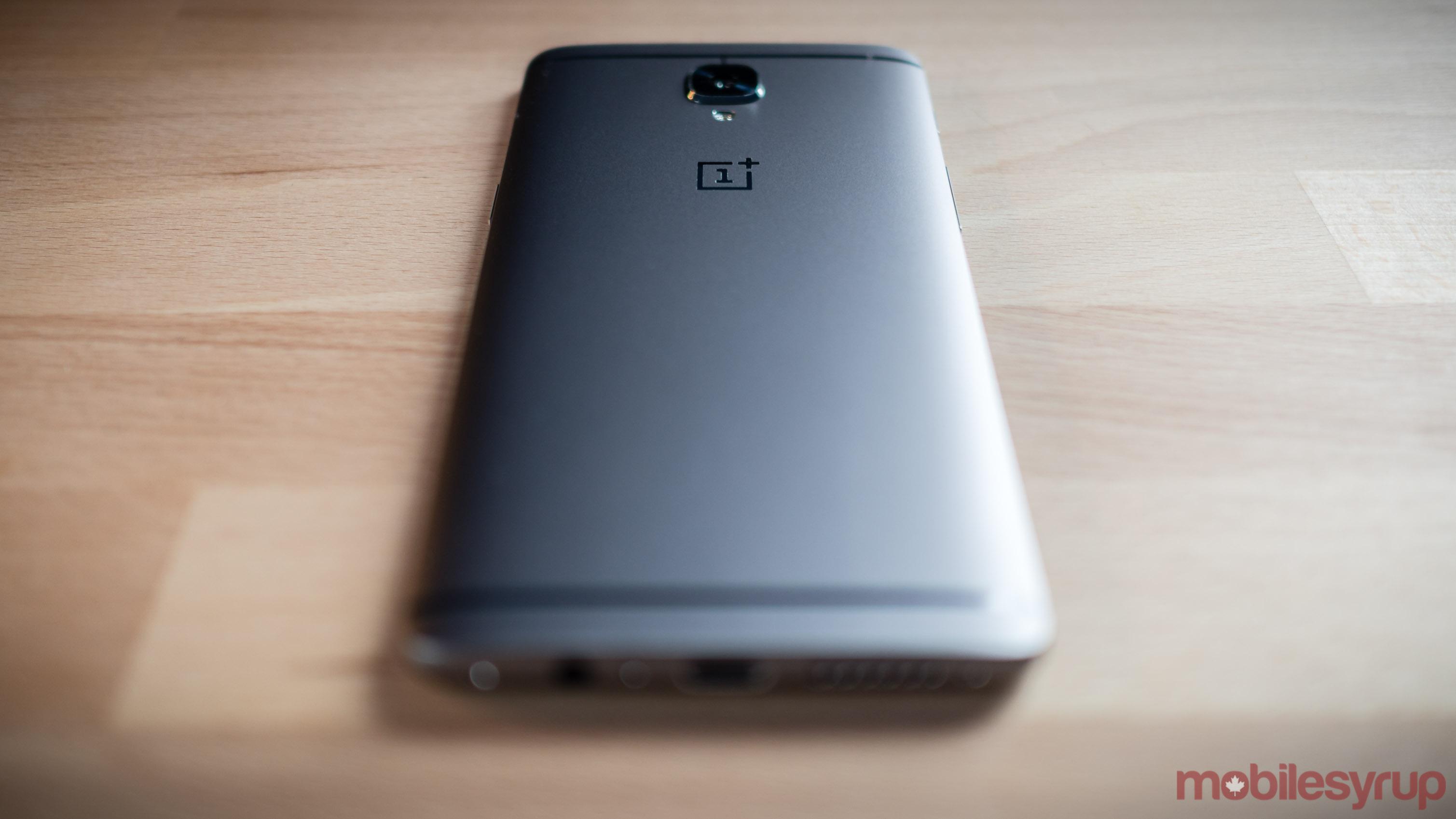 OnePlus 3T smartphone - OnePlus 4