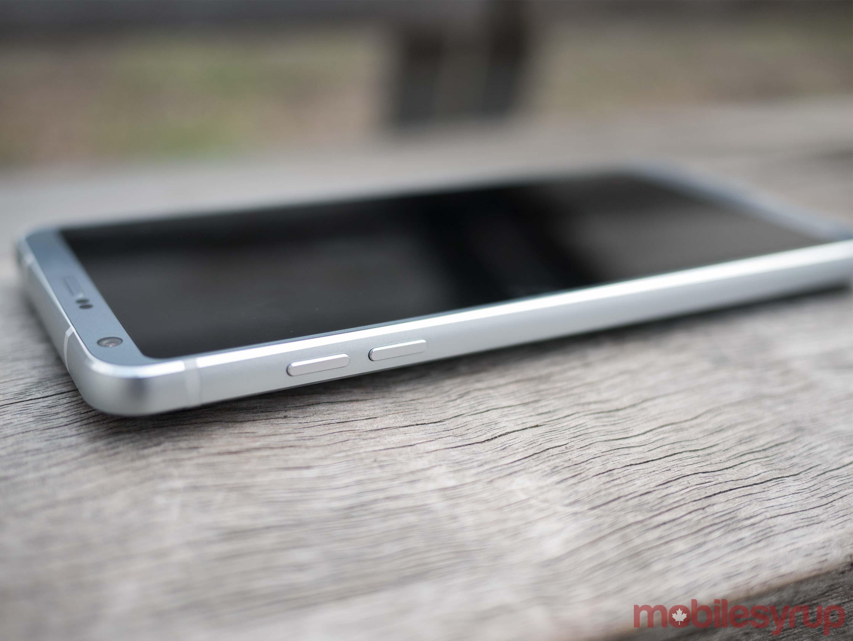 LG G6 side