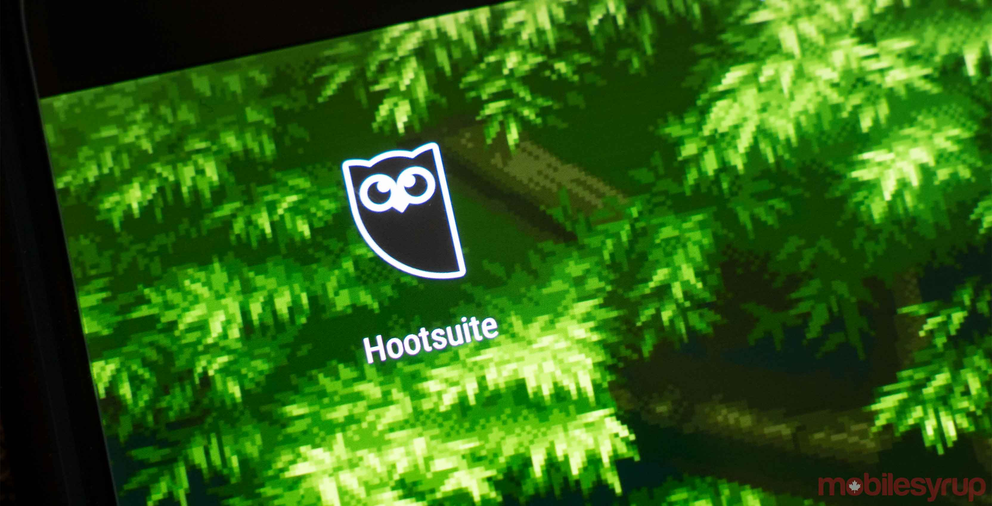 Hootsuite app on phone