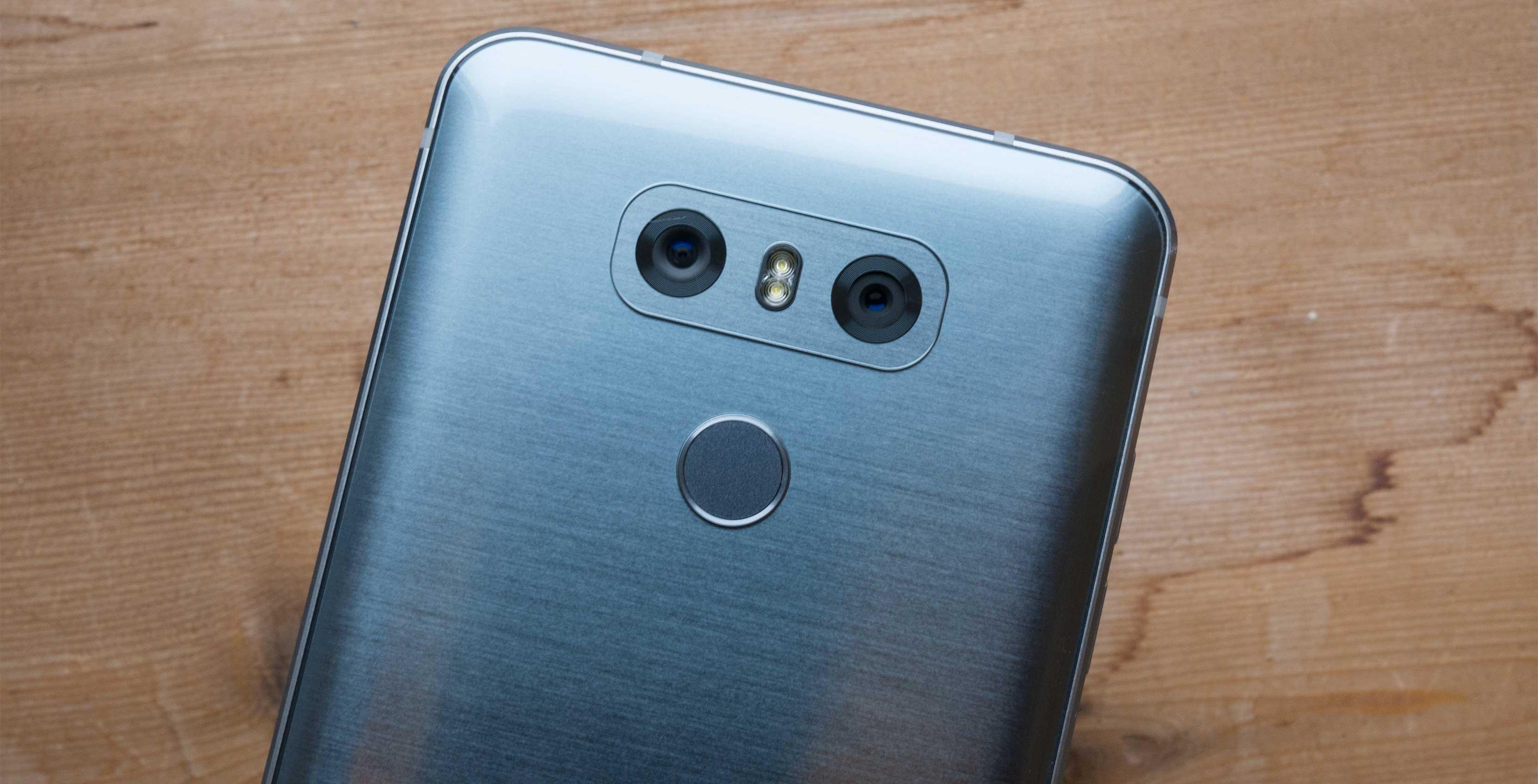 LG G6 rear facing cameras