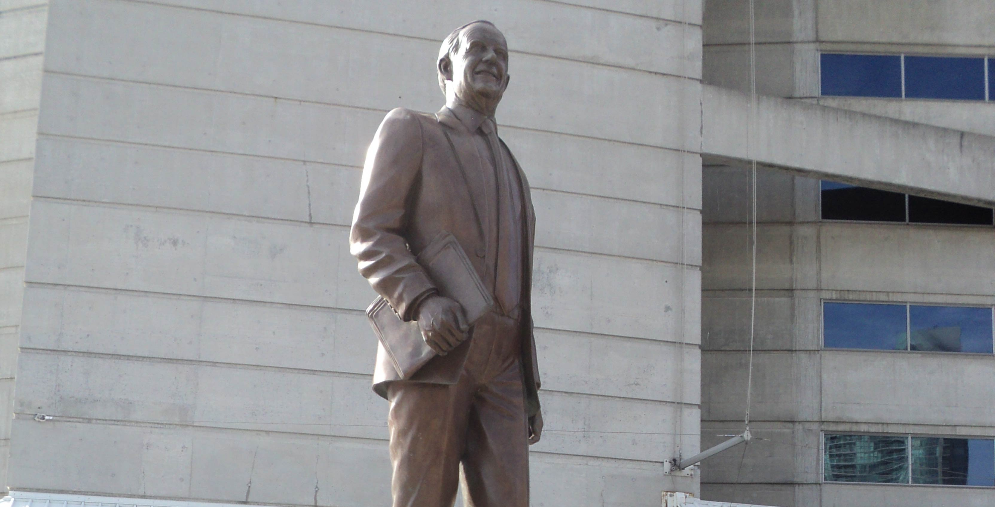 Ted Rogers statue