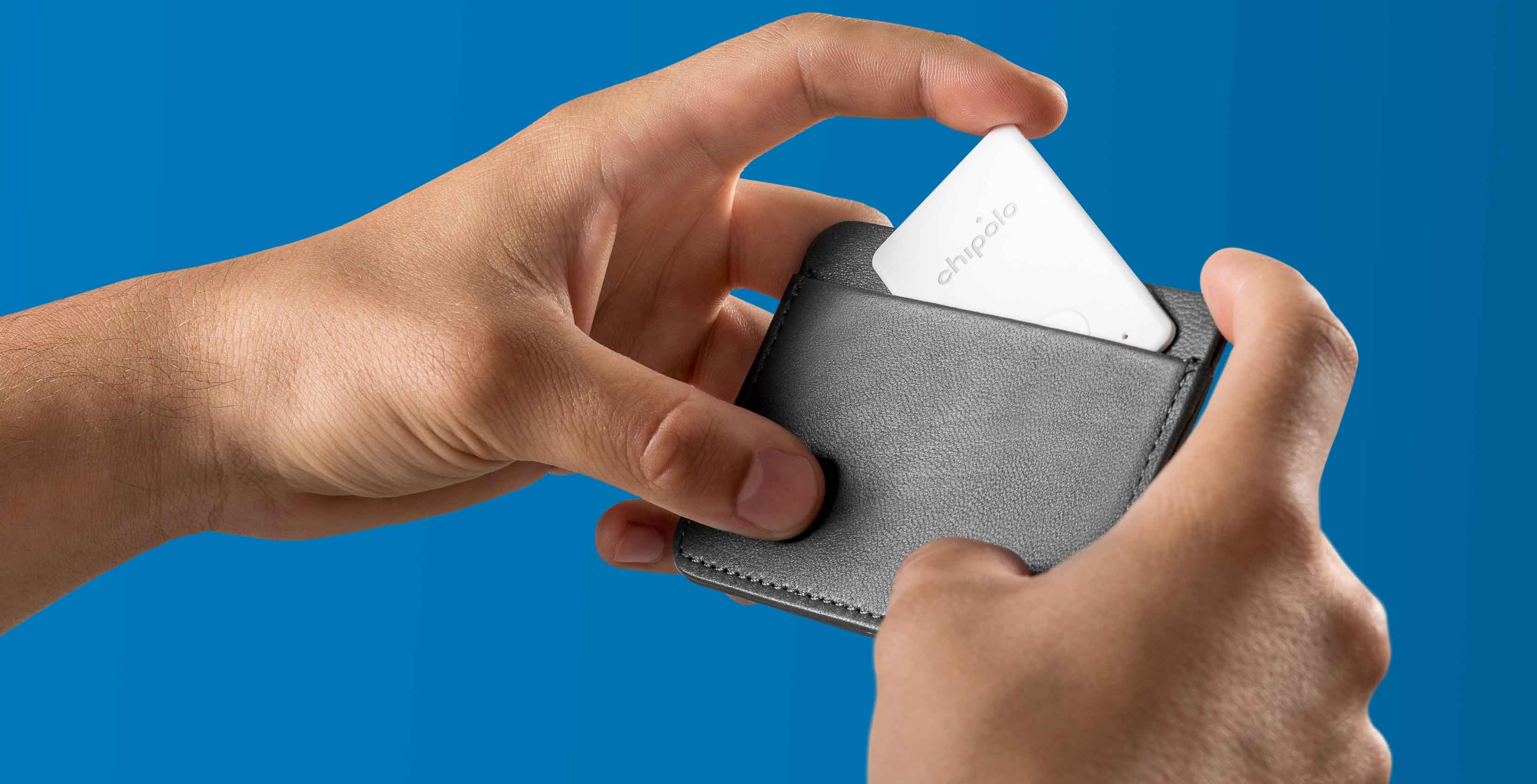 An image showing the Chipolo Card bluetooth tracker