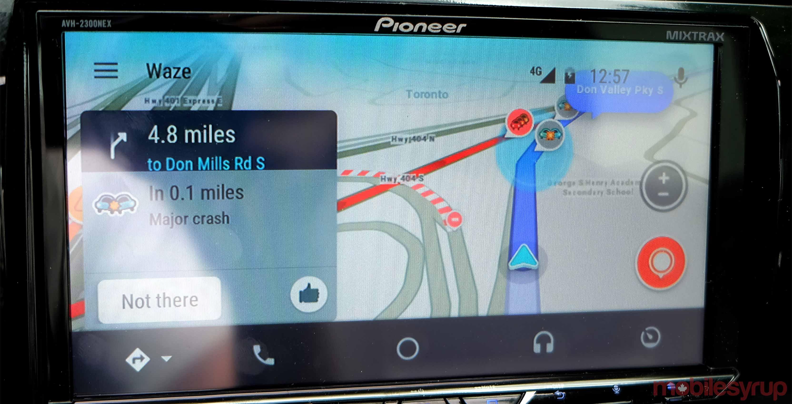 Waze mapping screen
