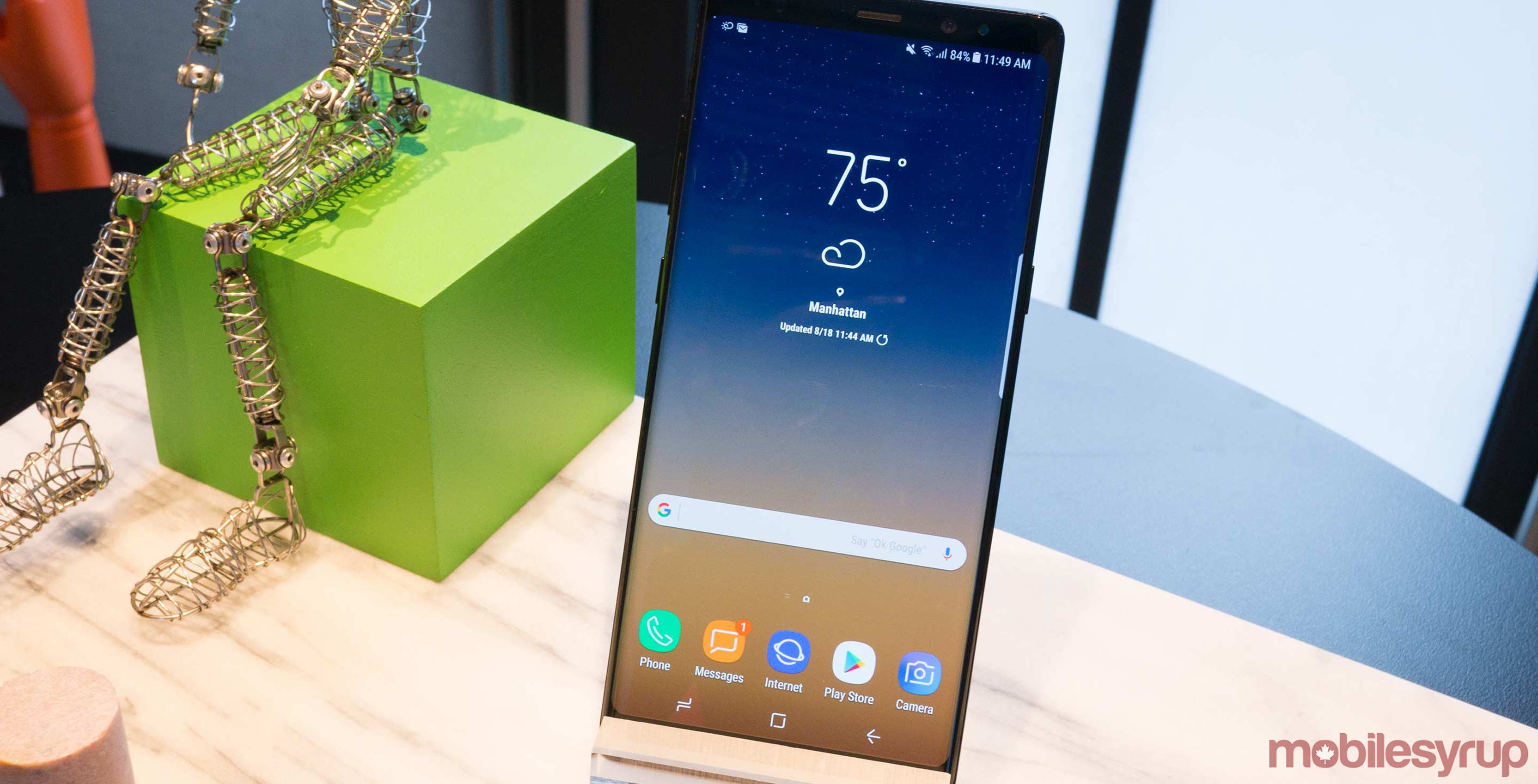 The Note 8 is currently one of five devices that supports HDR playback via Netflix