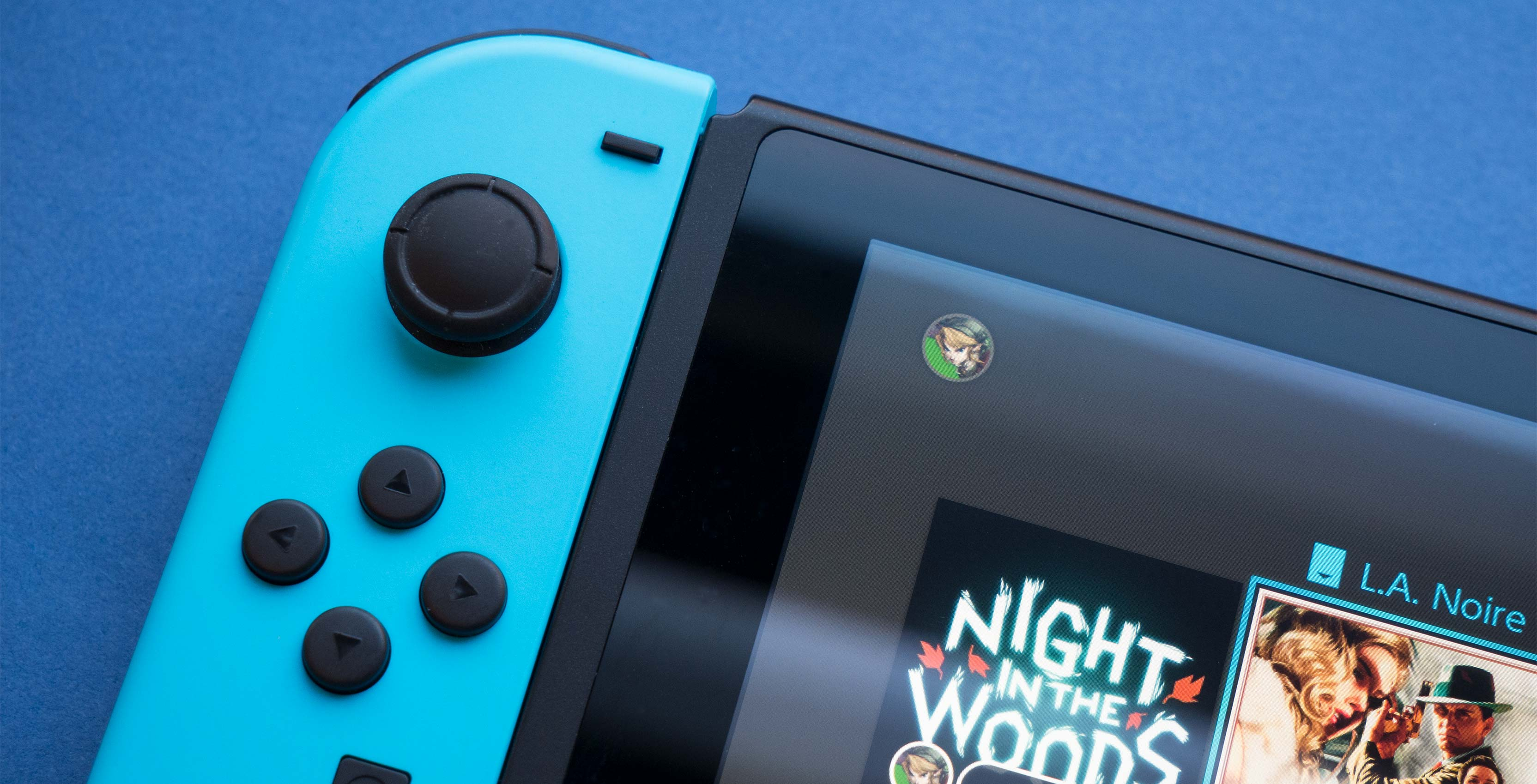 Nintendo Switch blue Joy-Con