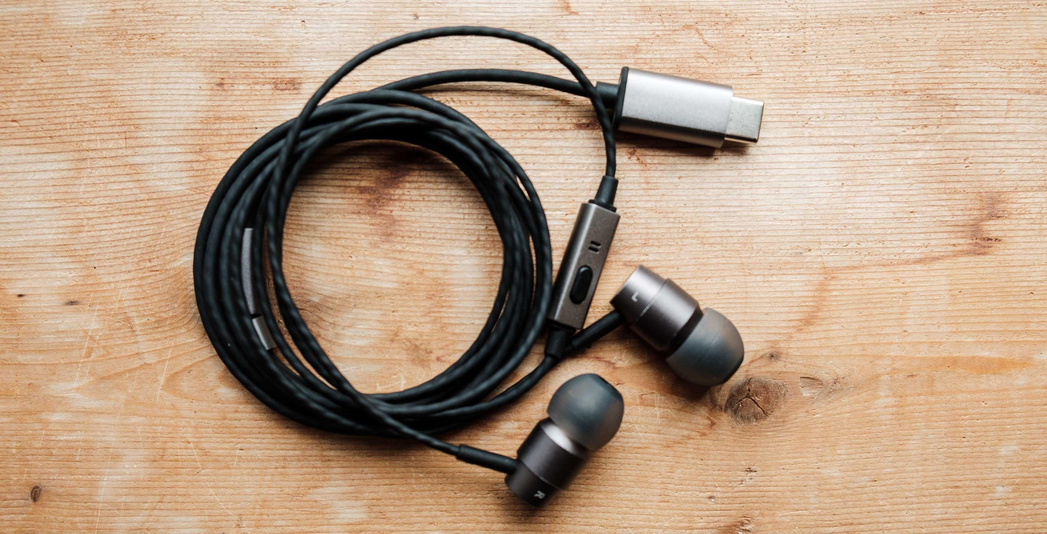 Essential Earphones HD