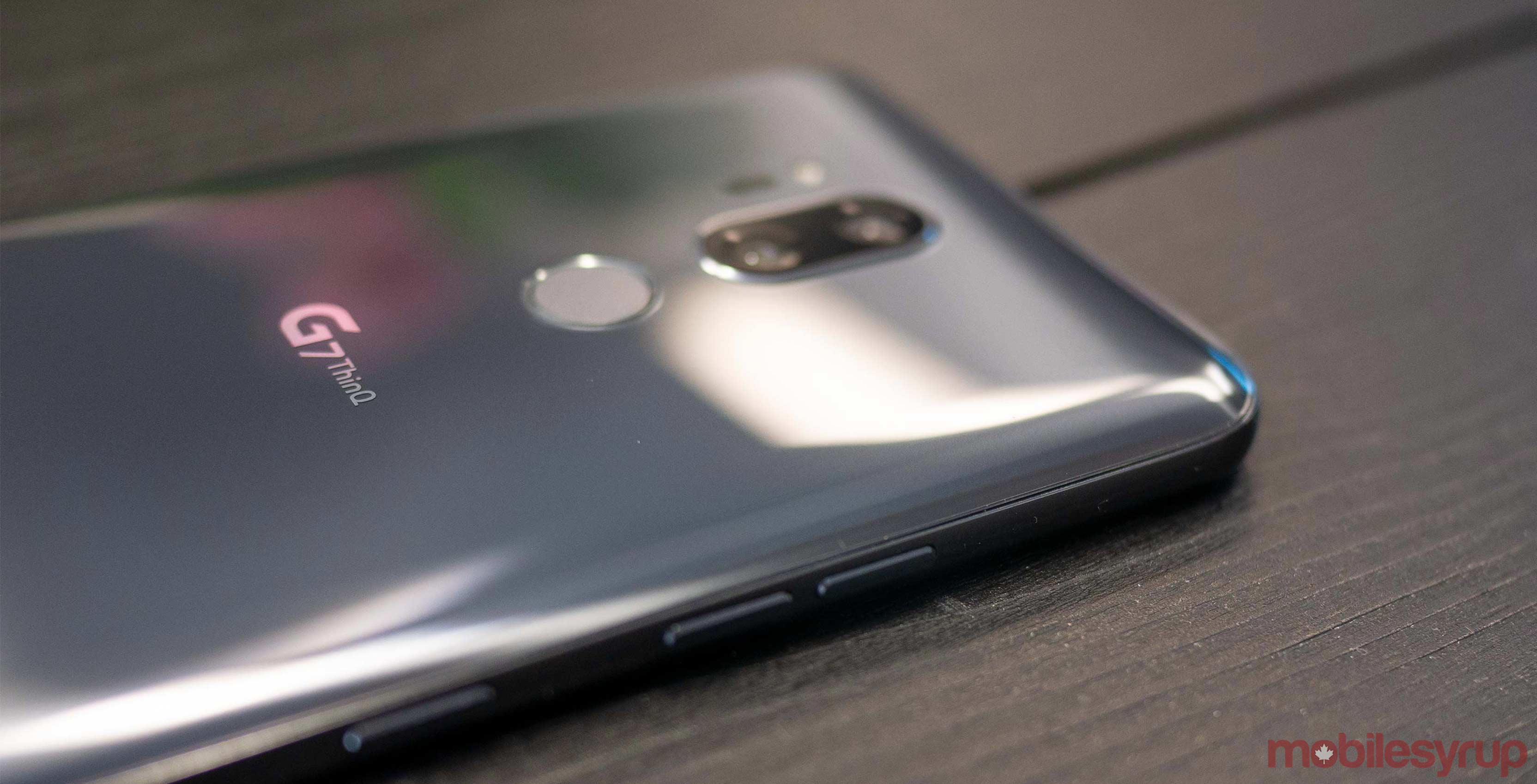 Side view of the LG G7 ThinQ