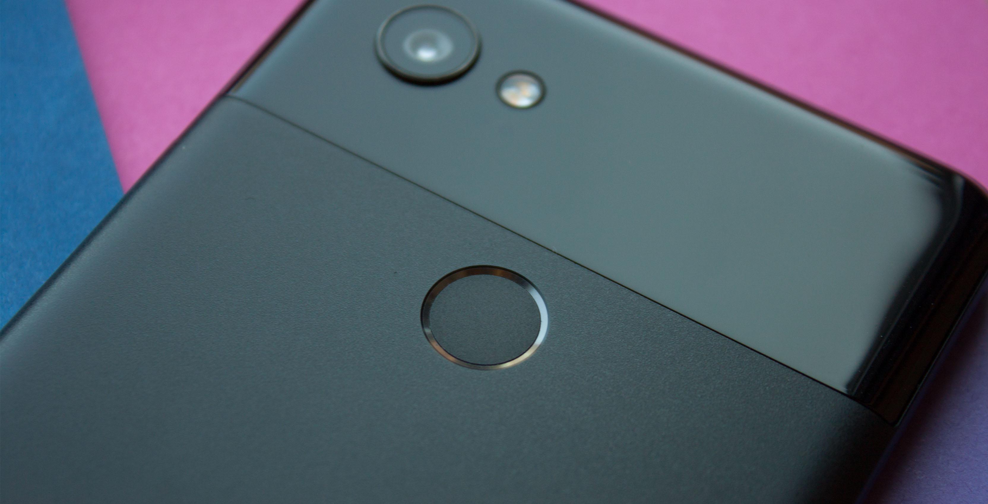 Google Pixel 2 XL fingerprint scanner