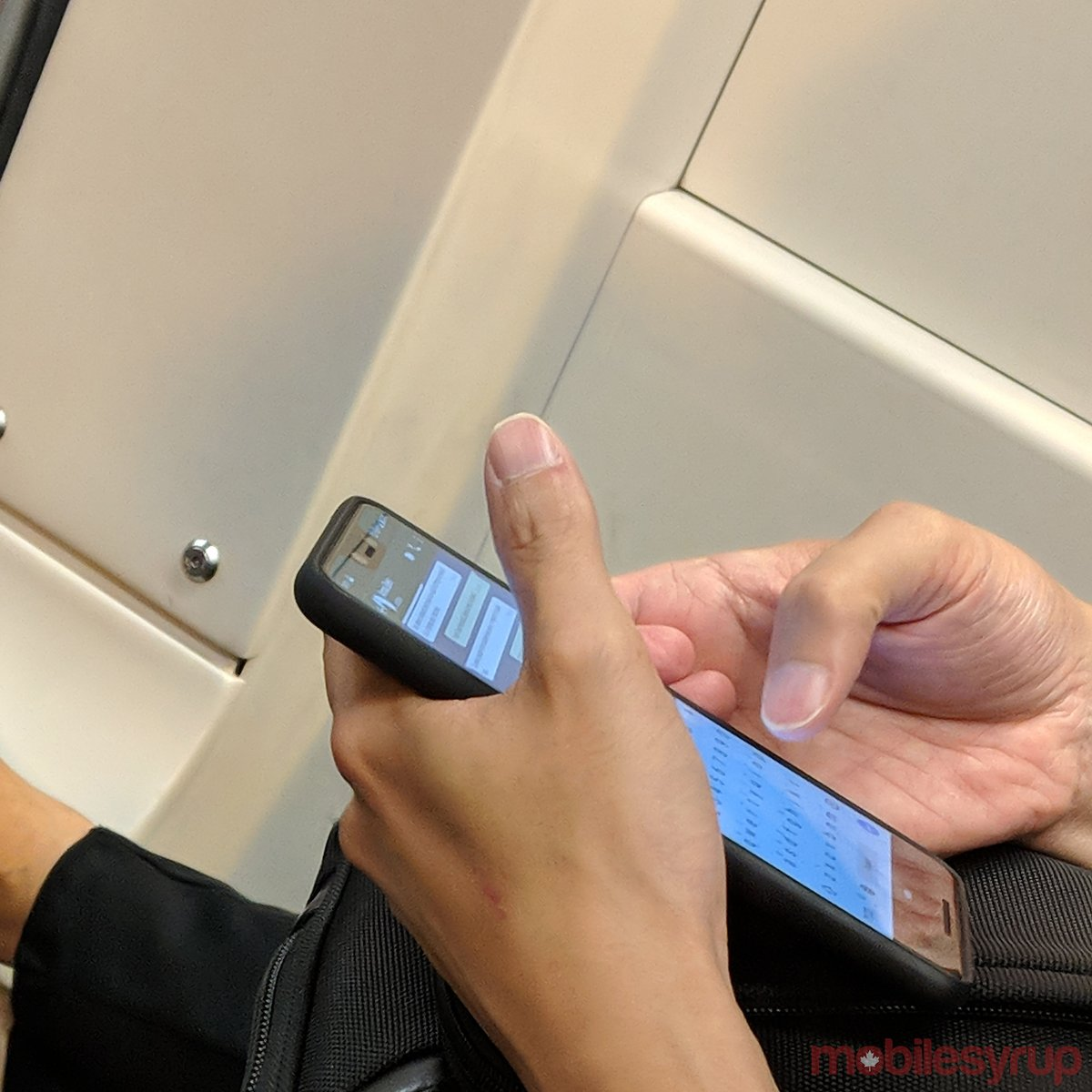 Pixel 3 XL spotted on a streetcar