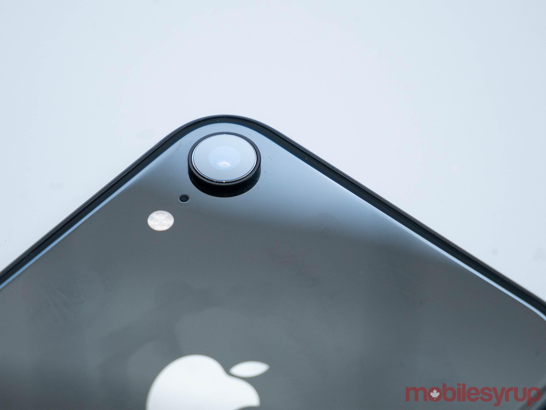 iPhone XR camera bump