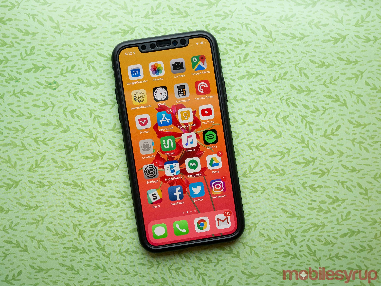 iPhone XS Spigen Thin Fit case