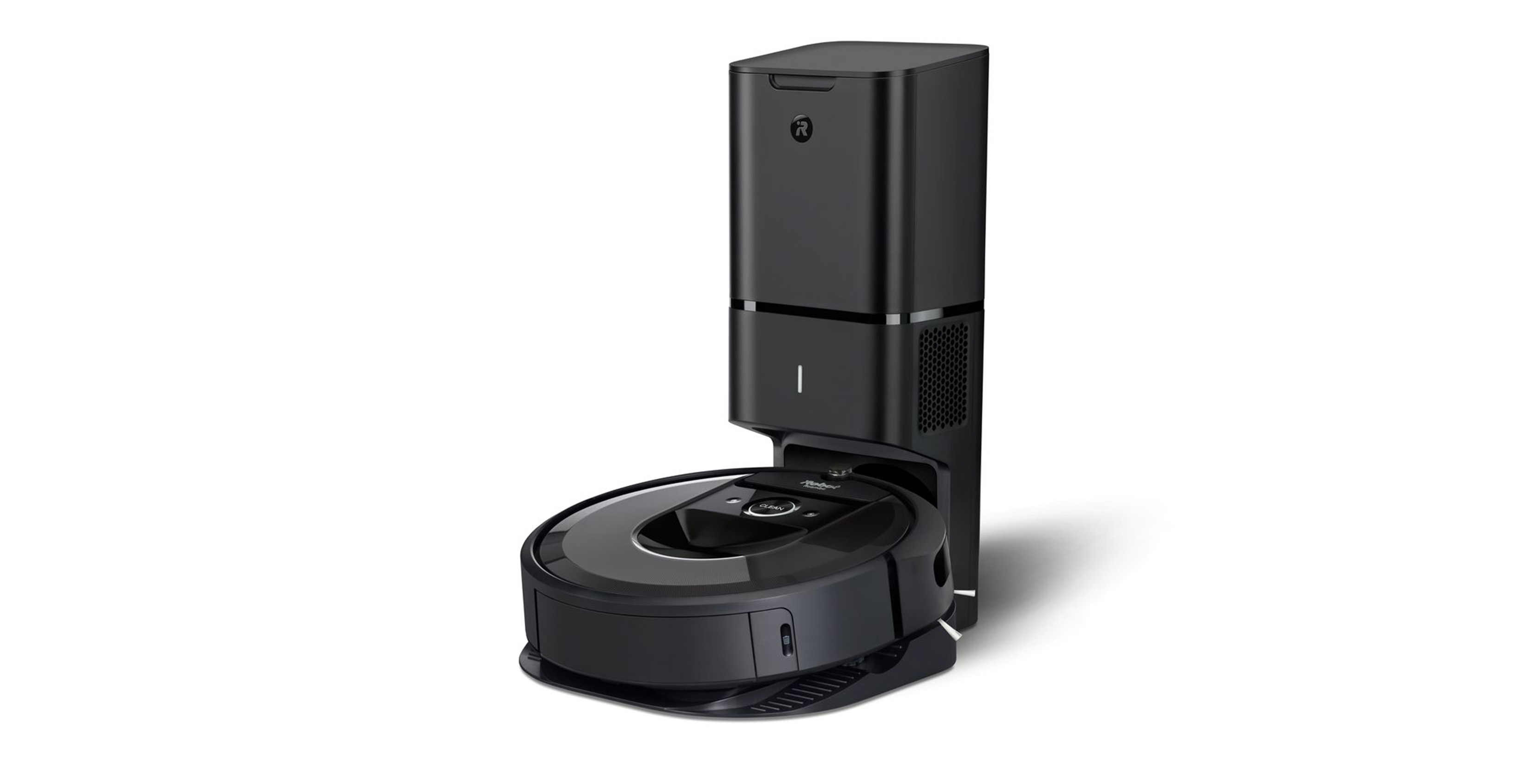 Roomba i7+ and charging base