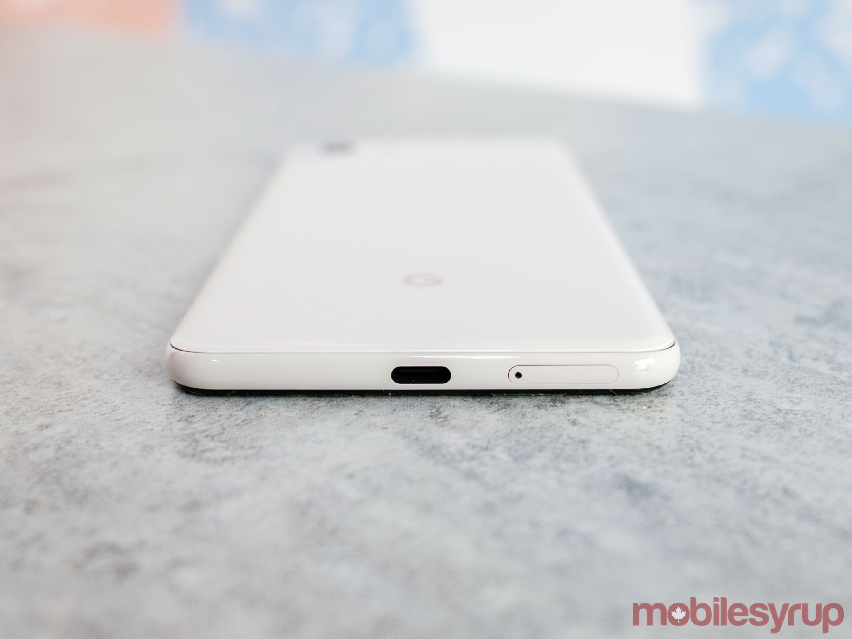 The bottom of the Pixel 3, showing SIM tray's new location