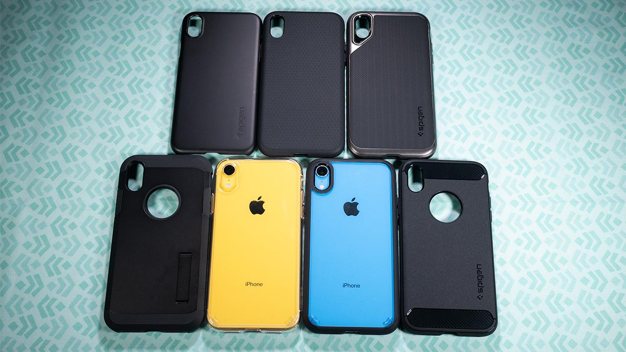 Spigen iPhone XR