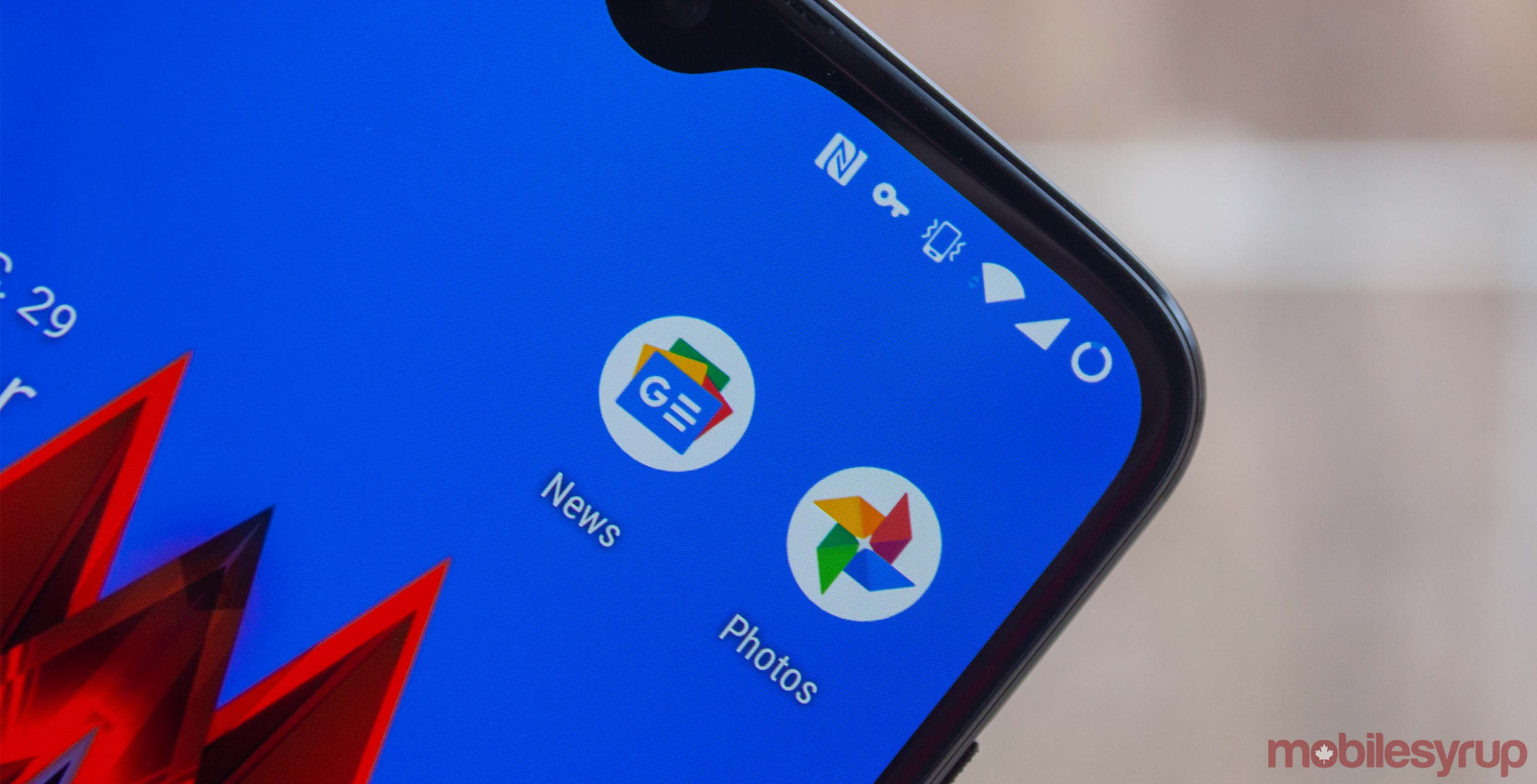 Google Photos and News icons