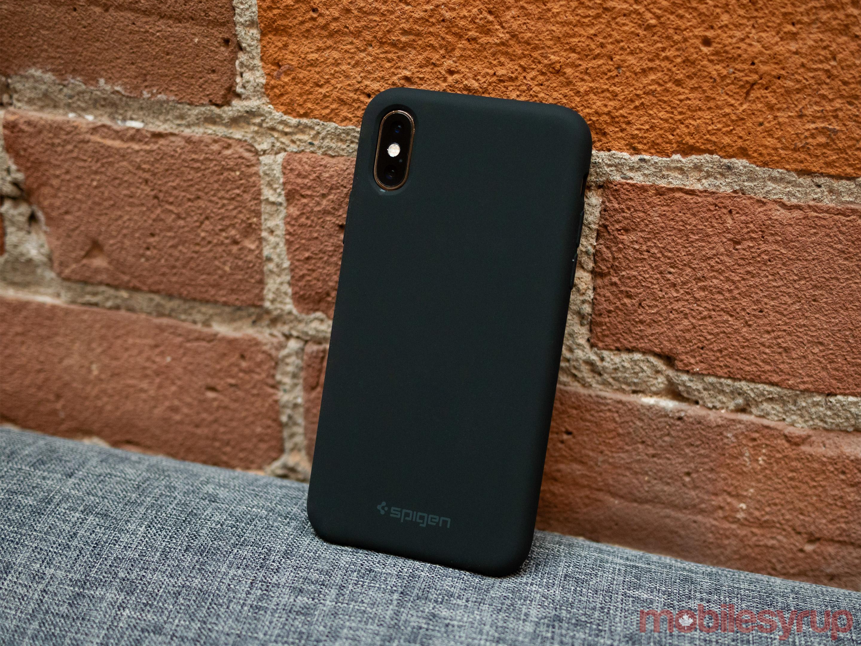 iPhone XS Silicone Fit Spigen Case