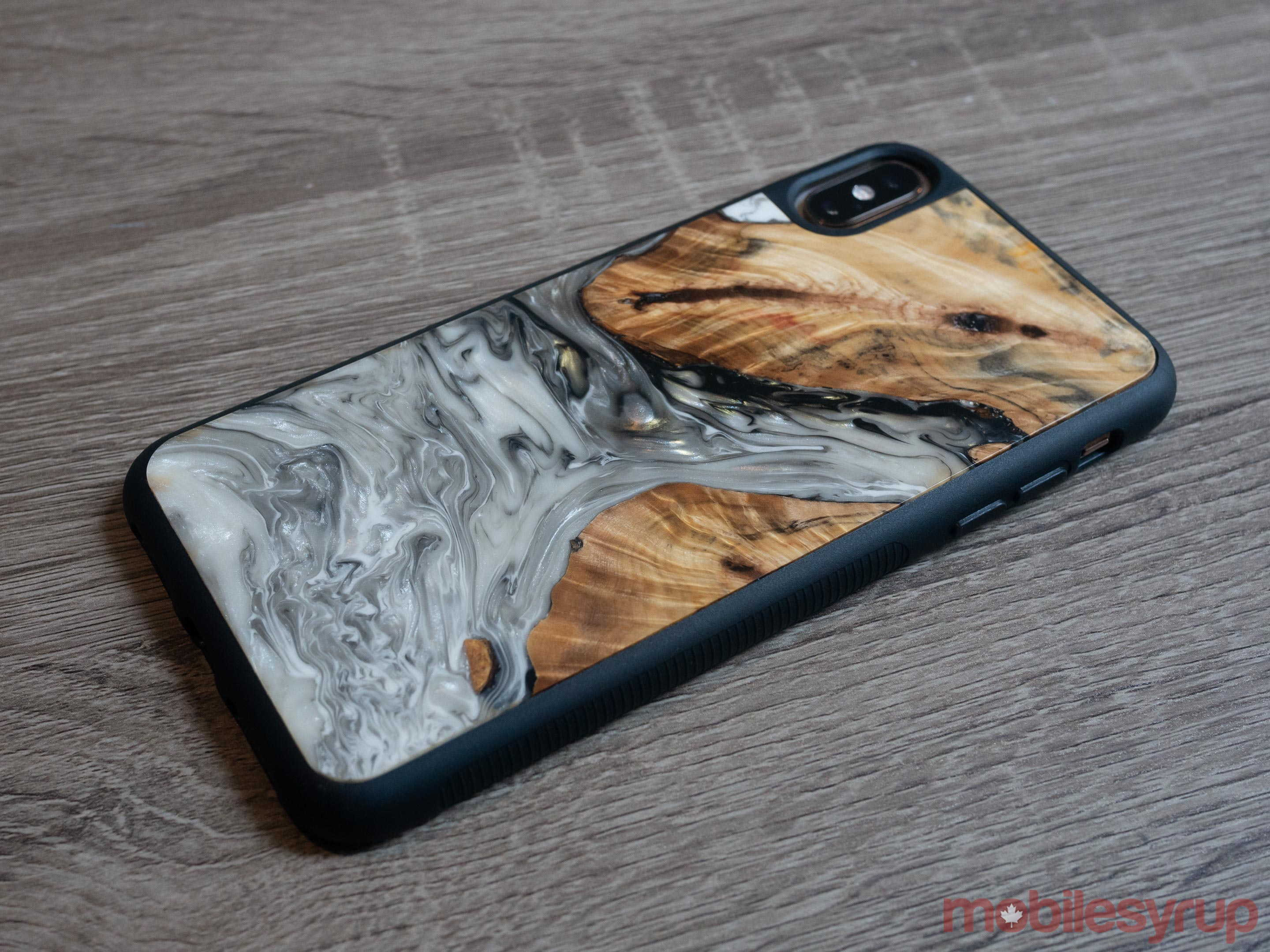Carved smartphone case side view