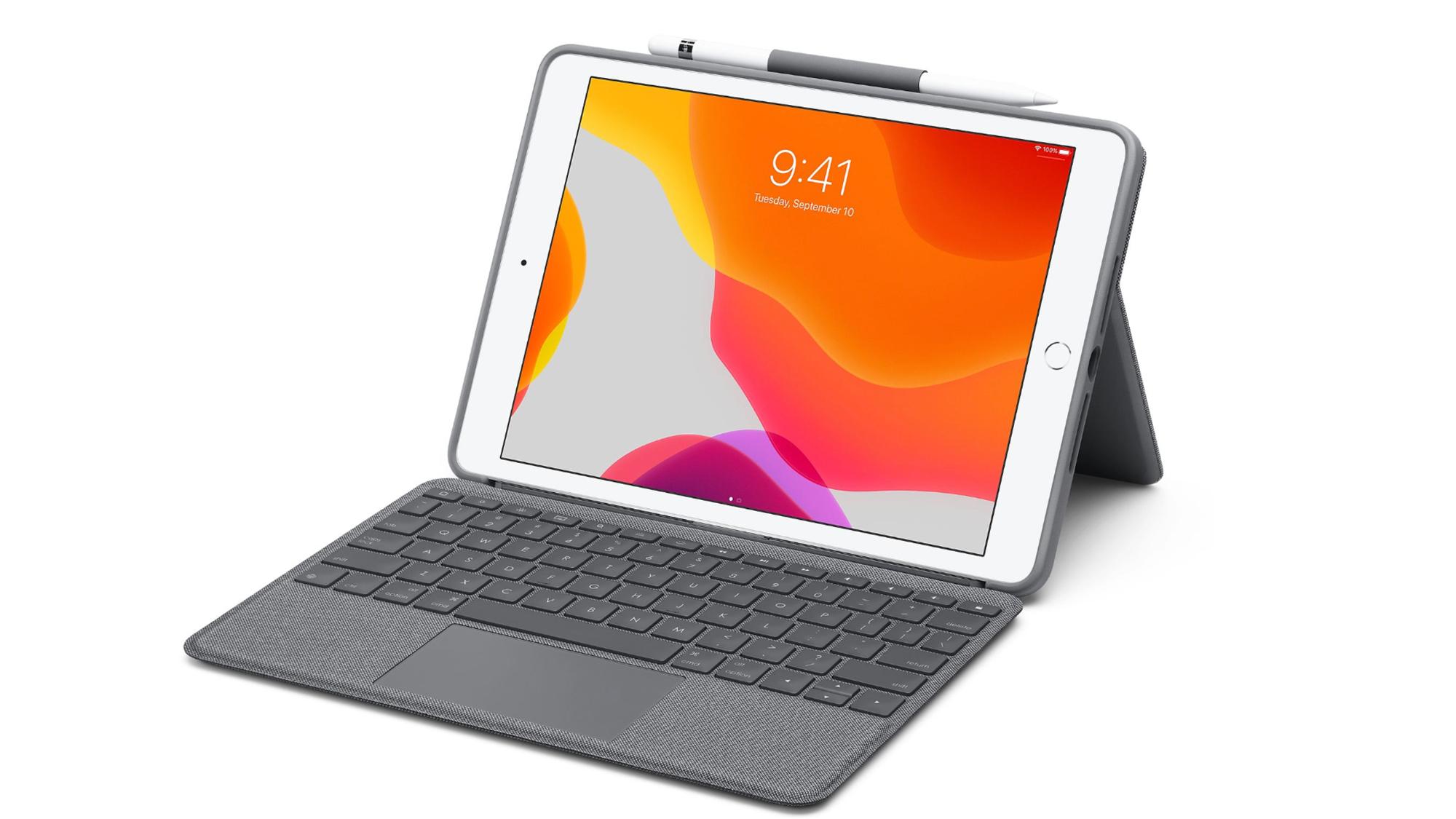 iPad Logitech Case with trackpad