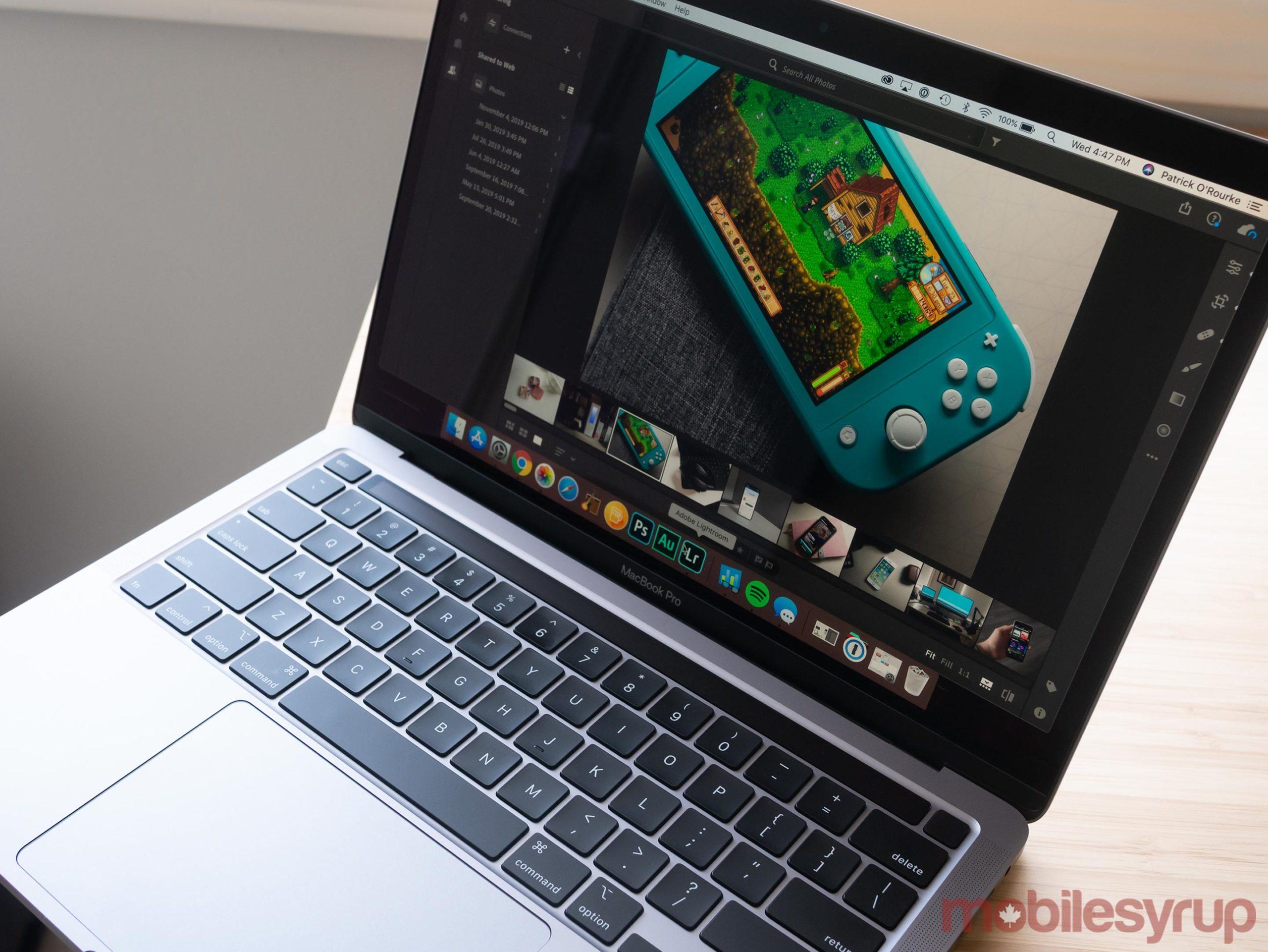 MacBook Pro (2020) running Lightroom CC