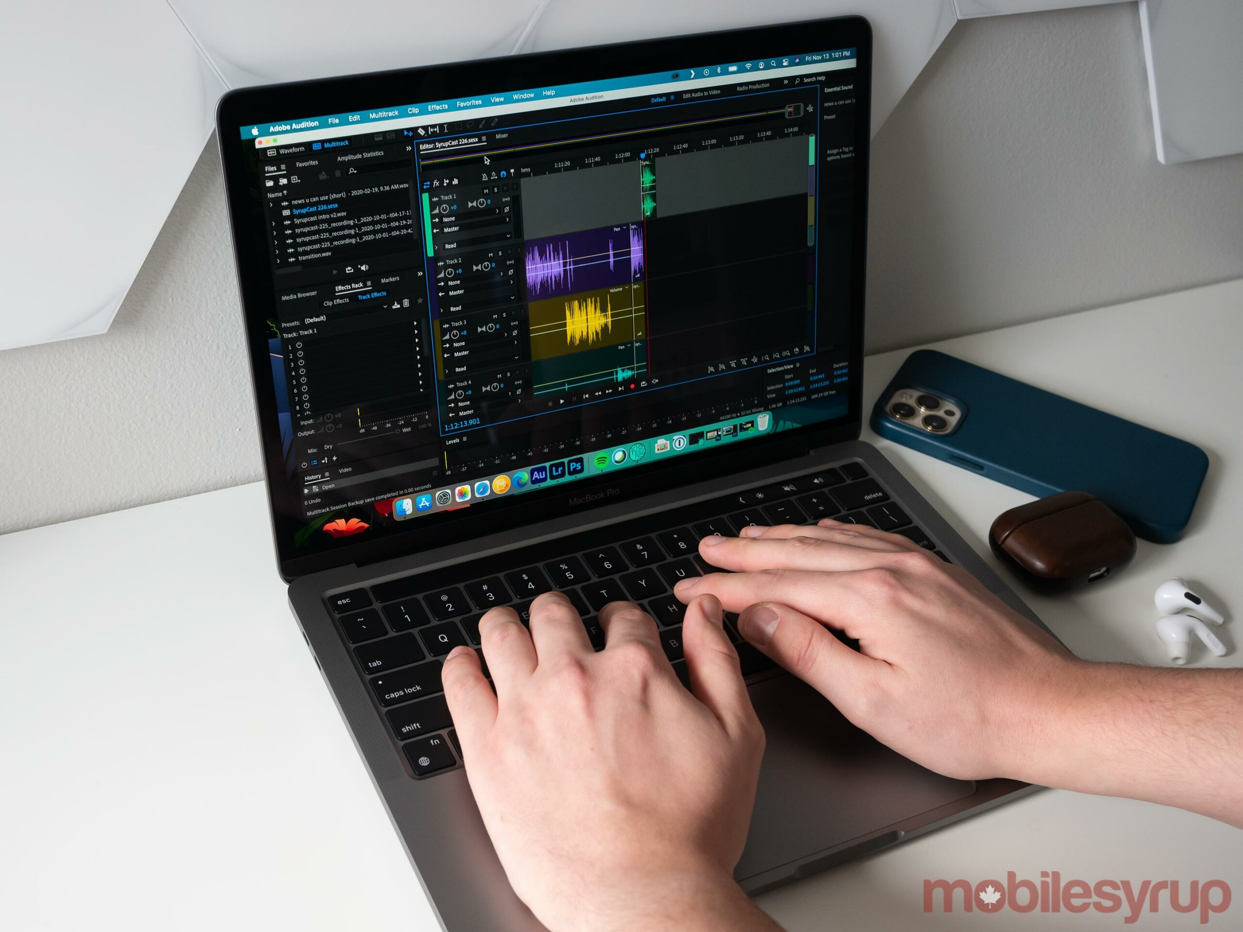 13-inch MacBook Pro with M1