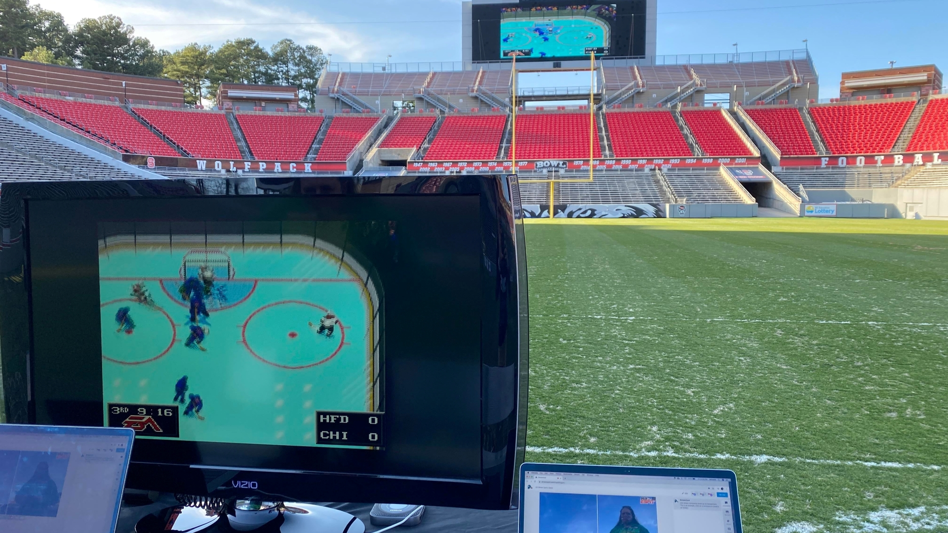 NHL 94 Stadium Monitor